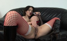 Pornstar Amy Anderssen fucks herself in lingerie