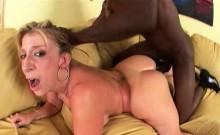 Nice Ass Sara Jay Gives Head