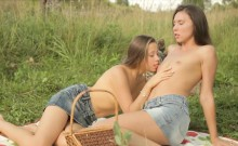 fetching babes trying girly sex and touching bodies