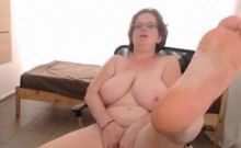 housewife with big naturals live on my webcam