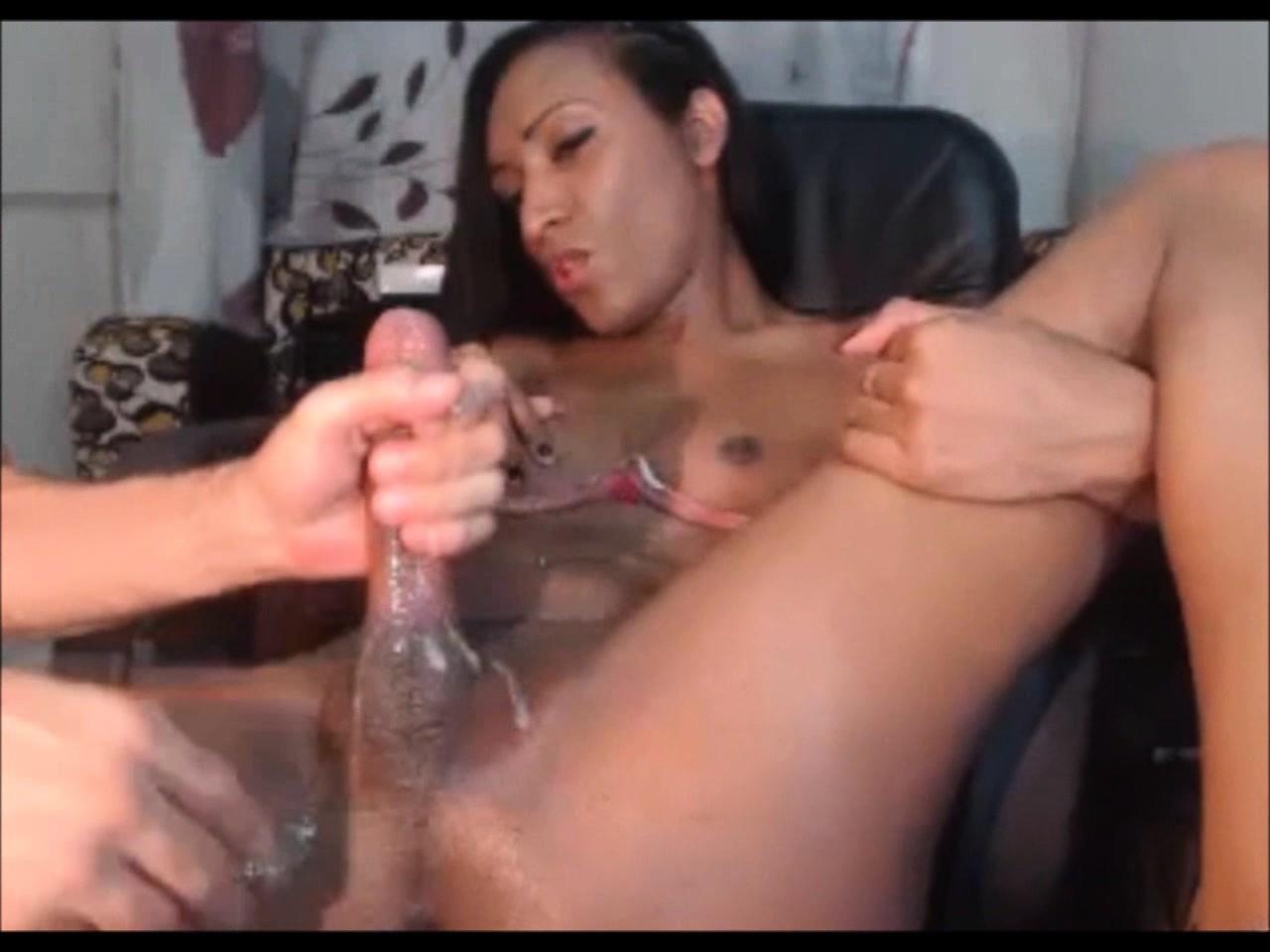 нарезка видео дрочка члена редкая порнопара