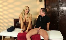Olivia Austin exchanging oral satisfactions with her masseur