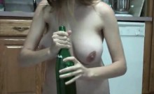 Pregnant girl makes a filth in the kitchen