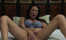 Karlee Grey and Reagan Foxx likes pleasuring on the bed