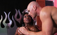 Brazzers - Dirty Masseur - Rub Down Diamond s