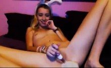 Bunny Plays For You On Cam - More Videos On Sexycams8 Org