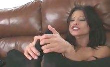 Jayna Oso Has Foot Fetish