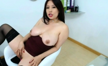 horny latina mature with huge boobs plays with her pussy