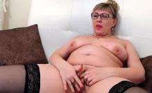 Chubby Milf Rubs Her Pussy On Webcam