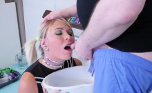 Foxy sweetie is taken in anal asylum for uninhibited therapy