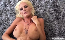 Olivia Blu flashing stepson and begging to get fucked